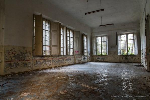 "Volterra, formerly the psychiatric asylum. January 2017. Nikon D810, 24 mm ( 24-120.0 mm ƒ/4) 1"" ƒ/8 ISO 64."