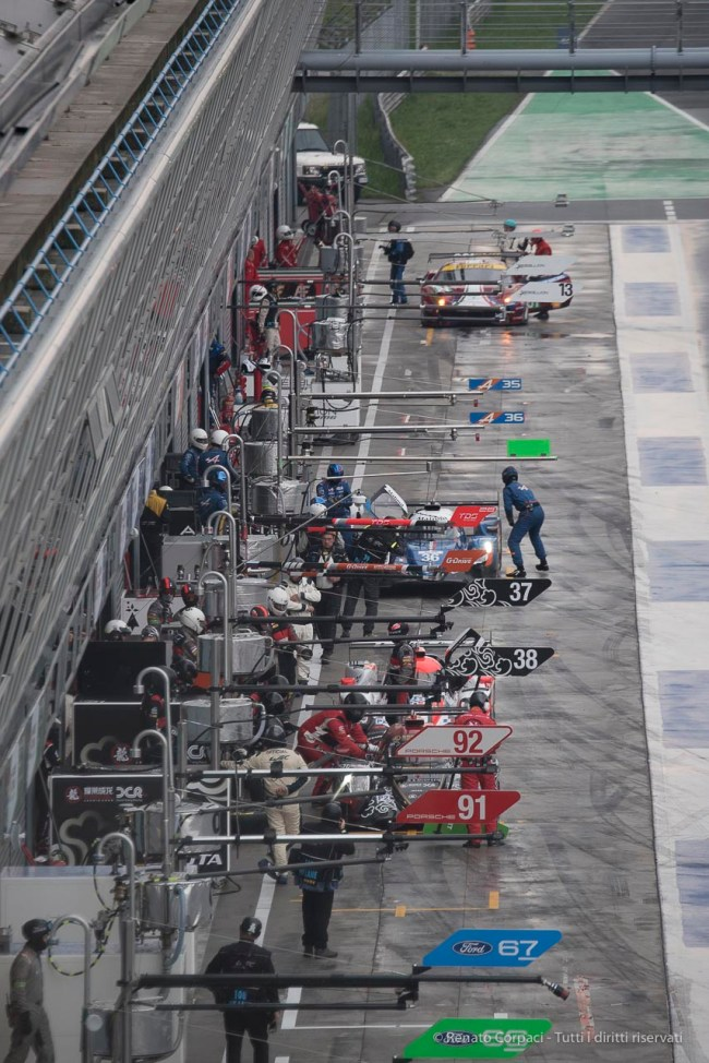 "A view of the pit-lane at Monza. Nikon D750, 400 mm (80-400.0 mm ƒ/4.5-5.6) 1/800"" ƒ/8 ISO 1600"