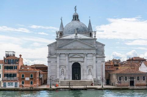 "Basilica del Redentore. Nikon D810, 66 mm (24-120 mm ƒ/4) 1/250"" ƒ/8 ISO 100"