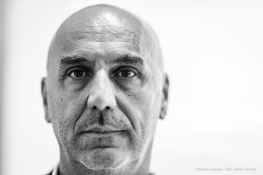 "Fabrizio Bonalumi, Archivio Agostino Bonalumi. Milano, Luglio 2018. Nikon D810, 85 mm (85 mm ƒ/1.4) 1/125"" ƒ/1.4 ISO 1800"