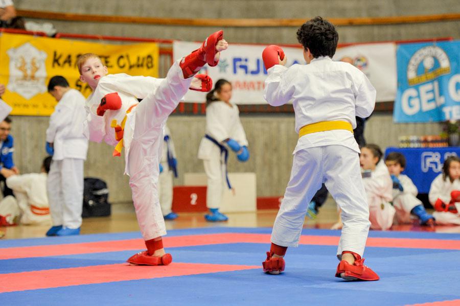 Foto di un incontro di karate a Quiliano (SV)