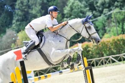 Salto ad ostacoli - Equitazione a Pistoia