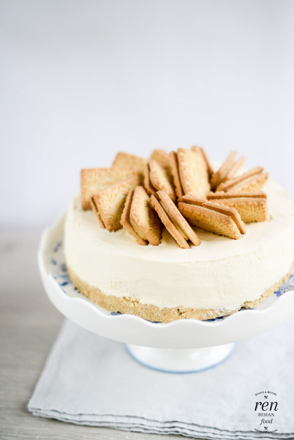 Custard Cream Cheesecake