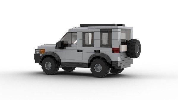 LEGO Land Rover Freelander 98 model rear view