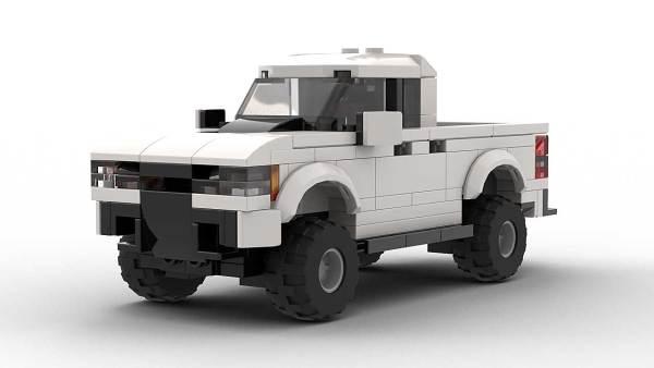 LEGO Chevrolet Colorado ZR2 Model