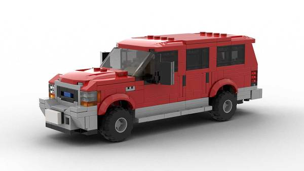 LEGO Ford Excursion image 3