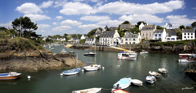 The coastal village of Doelan, Brittany