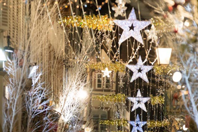 TOUR DE FRANCE OF THE MOST BEAUTIFUL CHRISTMAS LIGHTS
