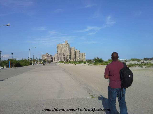 Brother made a cameo Walk on Rockaway Beach, Rendezvous En New York
