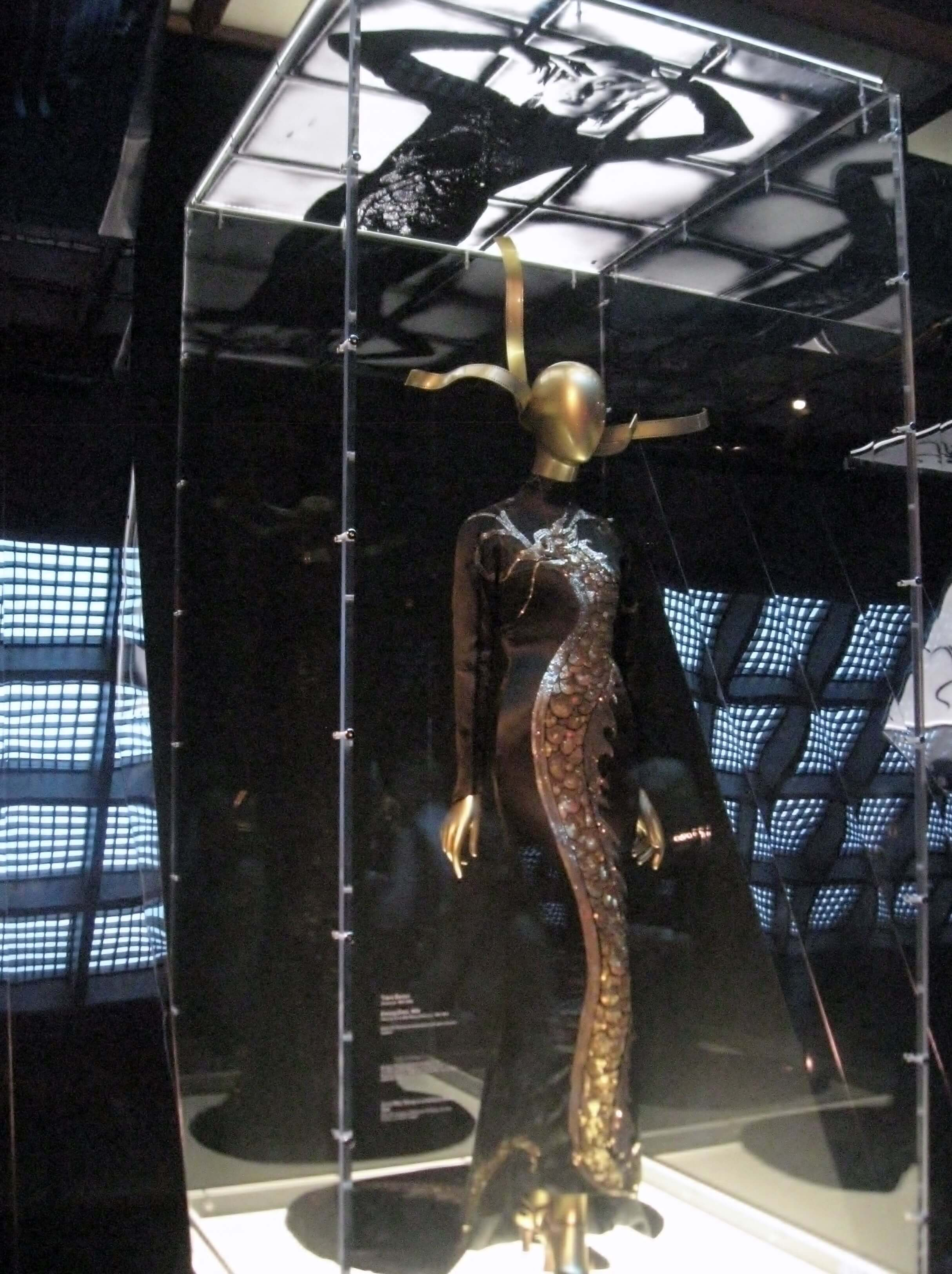 China :Through the Looking Glass, Yves Saint Laurent