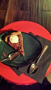 Rendezvous En New York, Urban Vegan Kitchen , Pecan Pie
