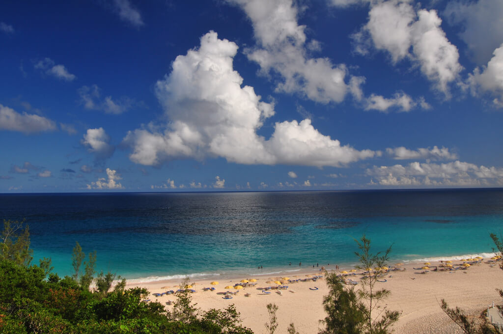 A New York Rendezvous To Bermuda Without Breaking The Bank