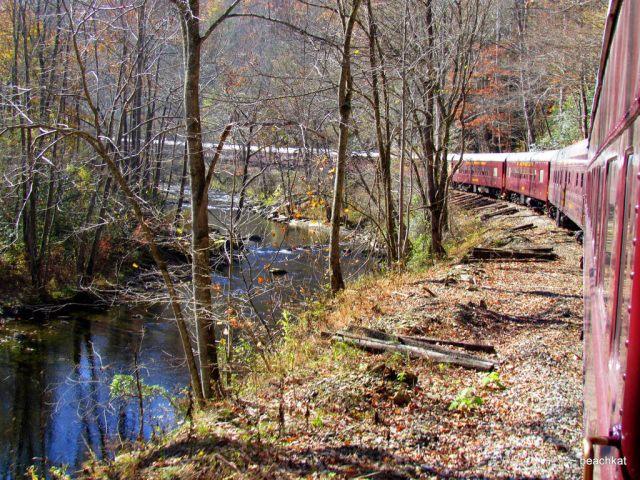 https://www.flickr.com/people/gabeachkat/ Train through the Smoky Mountains North Carolina