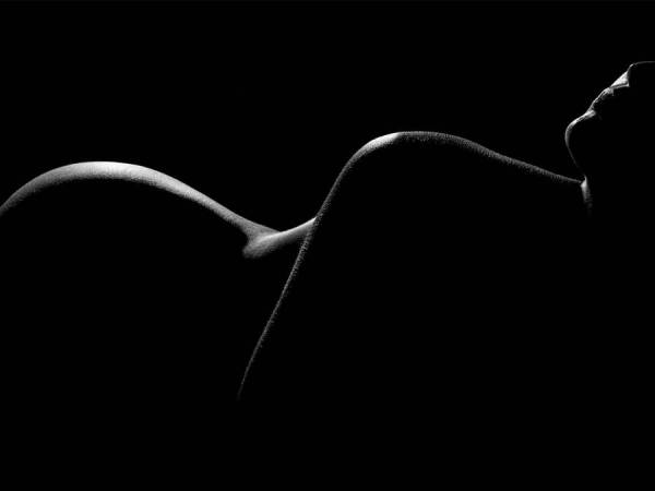 Naked but not exposed, When a woman loves
