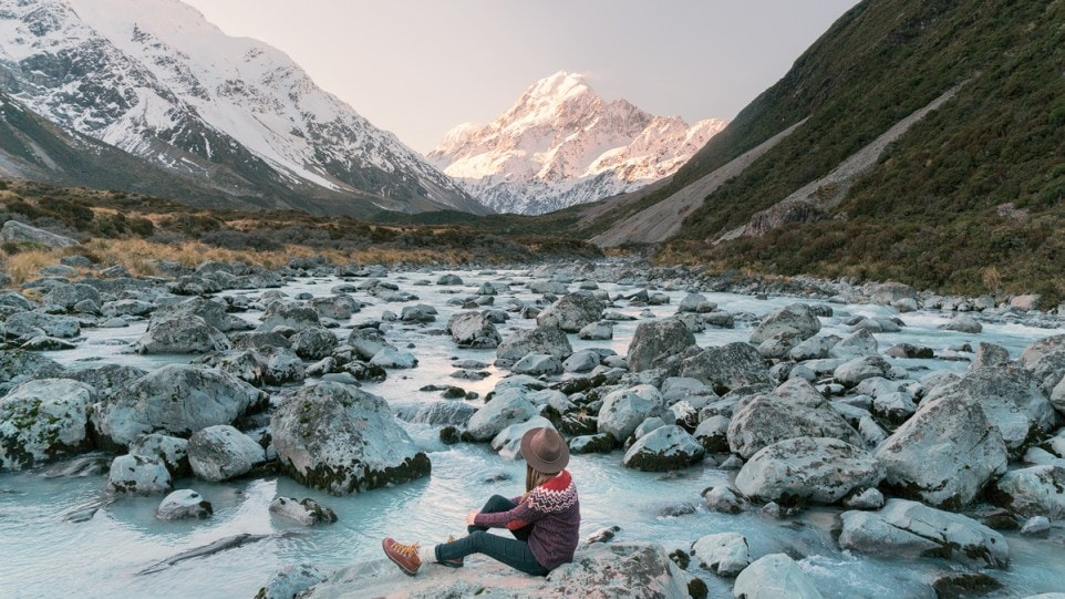 Renee Roaming - 12 Must-See Places on the South Island of New Zealand