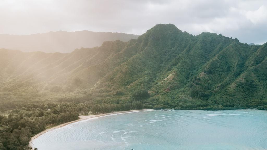 Hawaiian-Adventures-With-A-Surf-SensationCaroline-Marks-Renee-Roaming-Banner