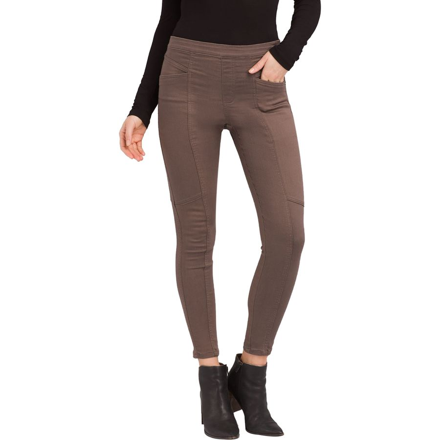 East Coast Fall Road Trip - What to Pack - Prana Jeggings