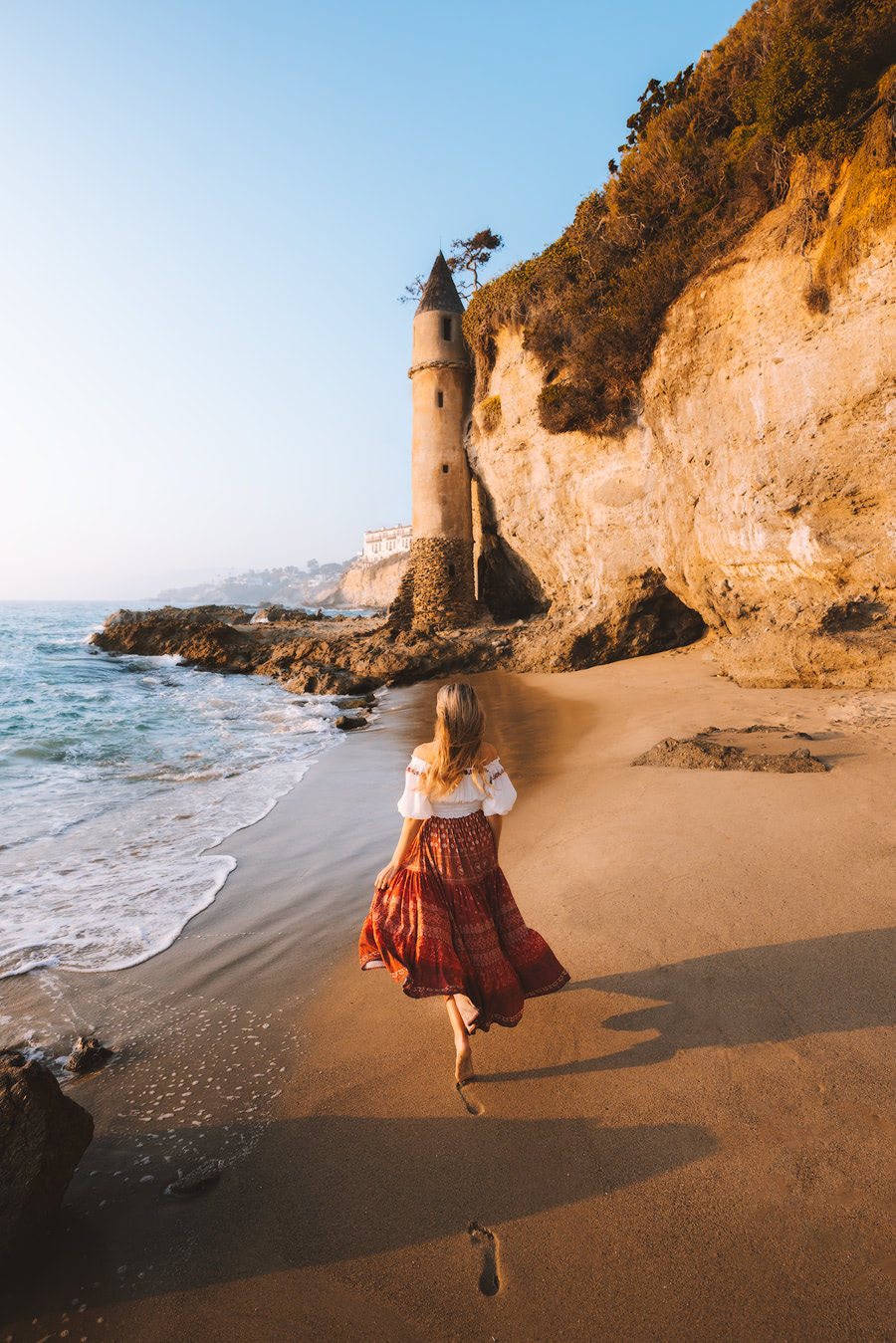 Orange County Travel Guide Everything You Need to Know- Laguna Beach Victoria Beach Tower