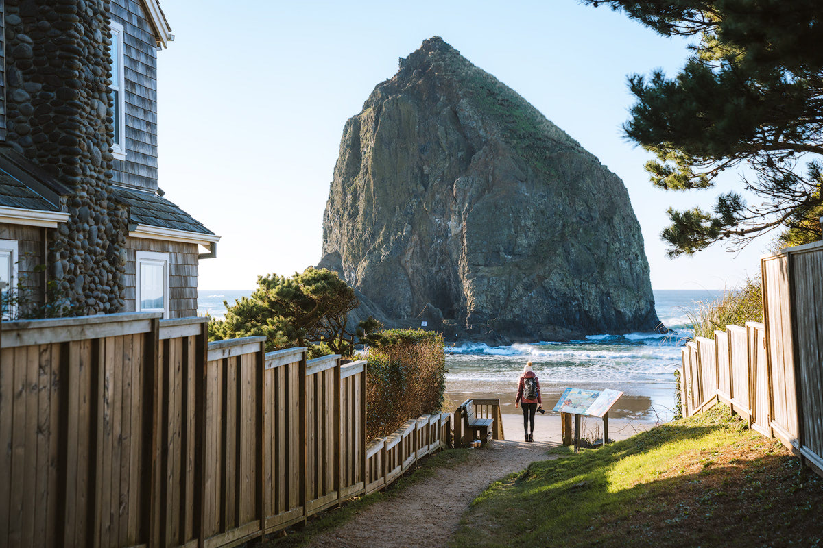 Scenic Oregon 7 Day Road Trip Exploring the Mountains and Coast- Cannon Beach Haystack Rock