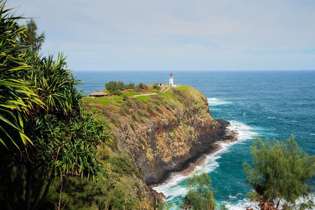 9 Must-Do Kauai Outdoor Adventures - Kilauea Lighthouse - Renee Roaming