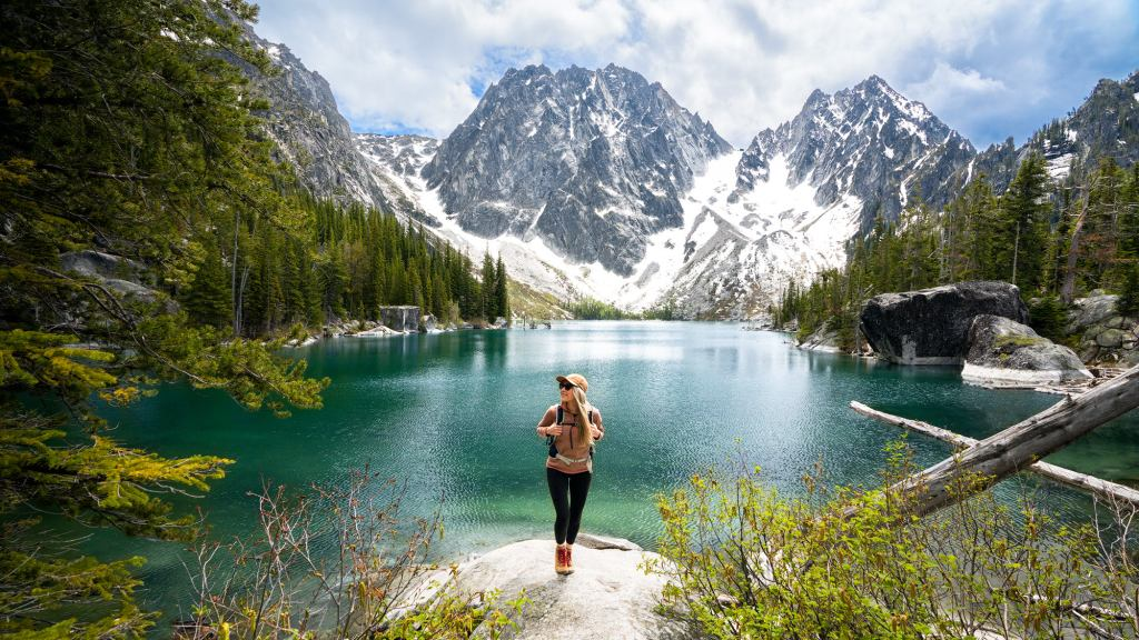 11 Incredible Beginner Friendly Hikes in Washington