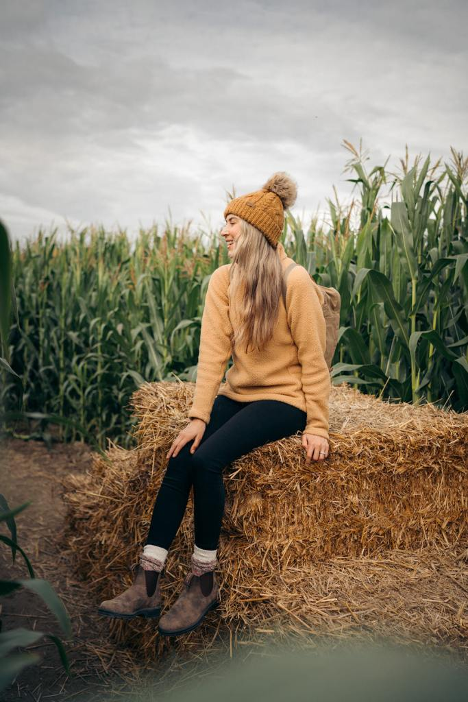 Best outdoor things to do during fall in Washington State - Craven Farms corn maze
