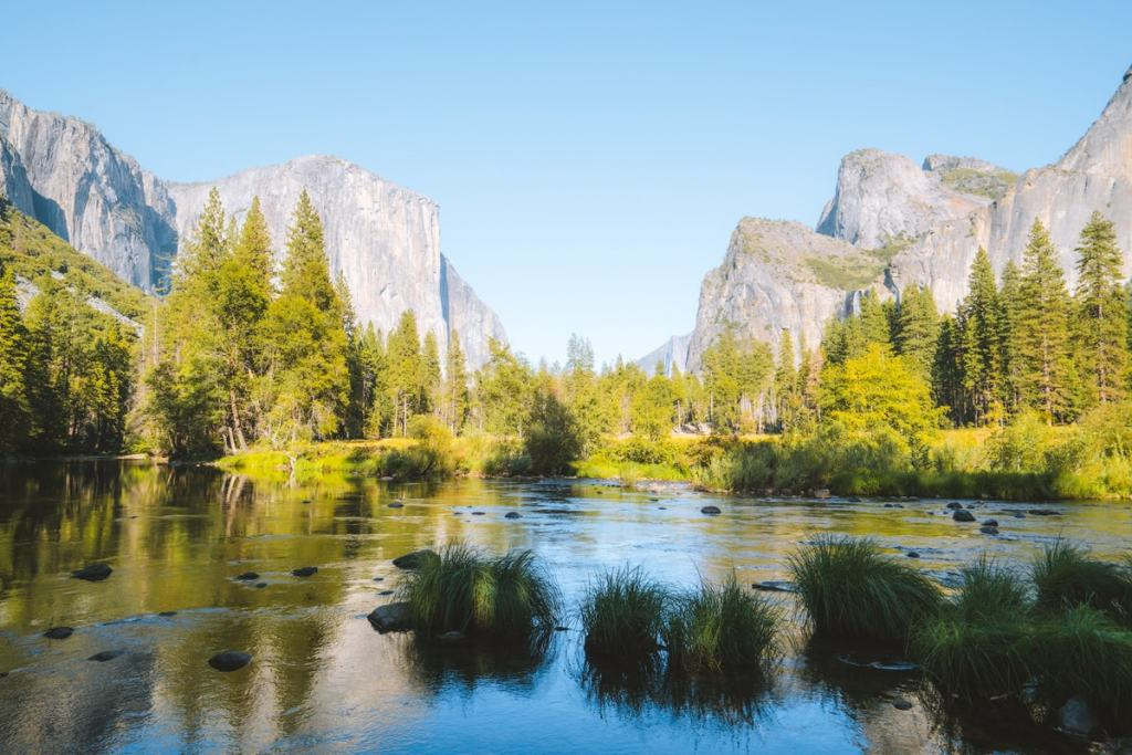 Best National Parks to Visit in Spring - Yosemite National Park Spring Travel Guide - Valley View