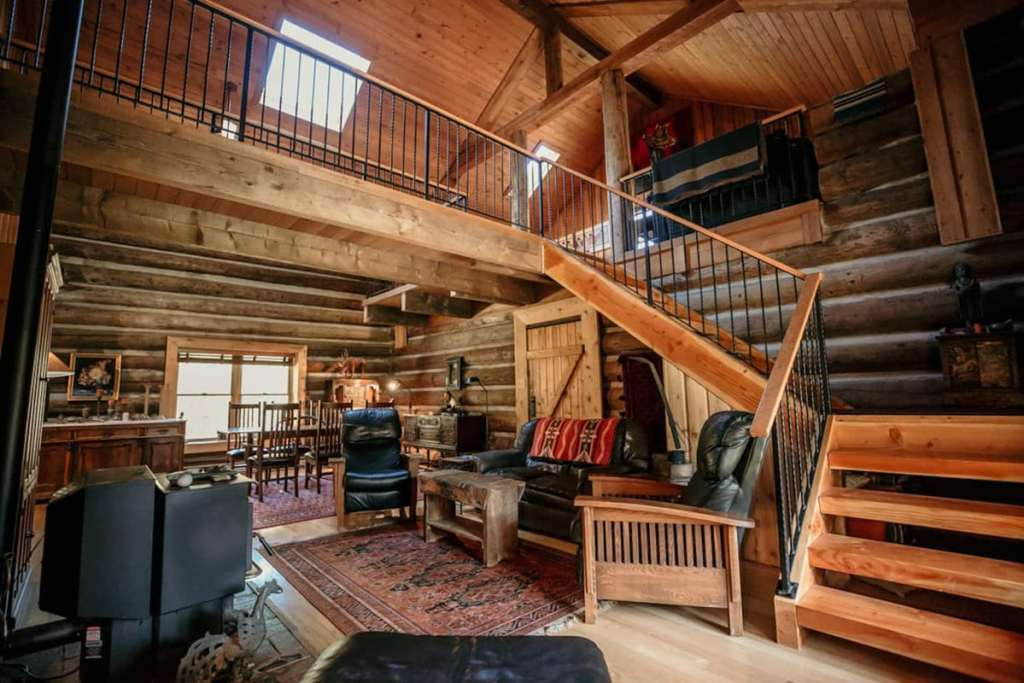 Cabin You Can Rent In Oregon - Halem House Log Cabin