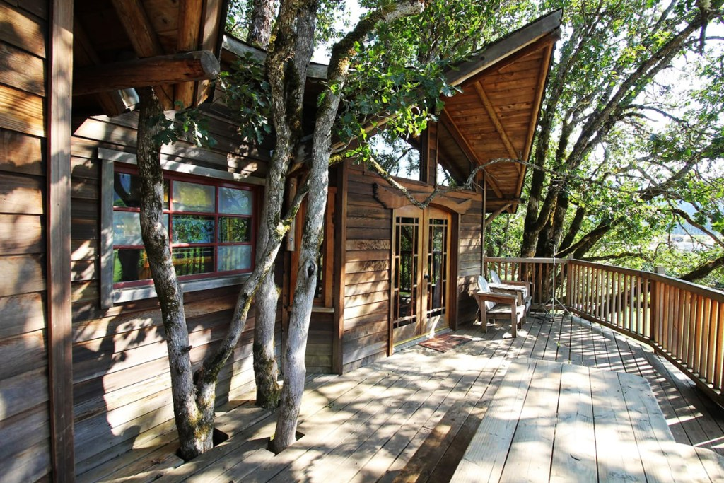 Oregon Treehouse for Rent - Schoolhouse Treehouse