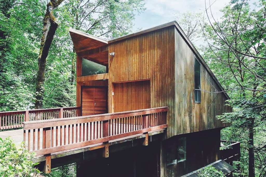 Portland Oregon Cabin to Rent - Wald House PDX