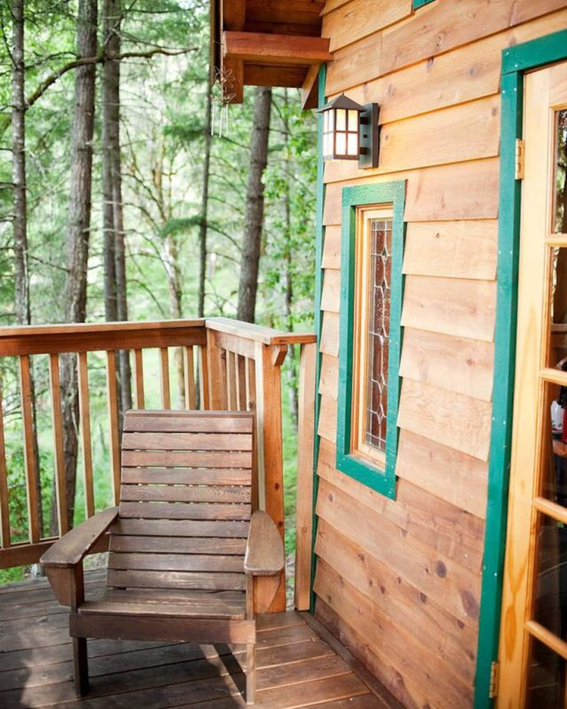 Unique Treehouse You Can Rent In Oregon - Cozy Cottage Oregon Treehouse