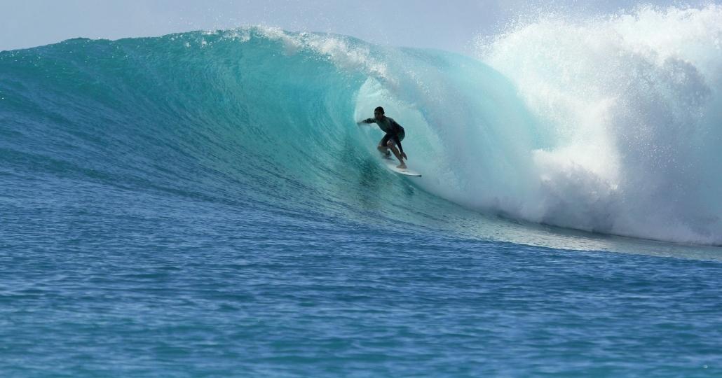 Southern Atolls Maldives Surf Season