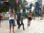 Jordaans record spijkerbroekhangen: 5 minuten