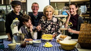 Back In Time For Dinner Renewed For 'Weekend' Follow-Up Series By BBC Two