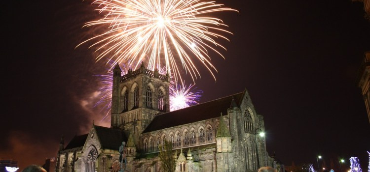 Paisley Fireworks gets ready for sky-high spectacle