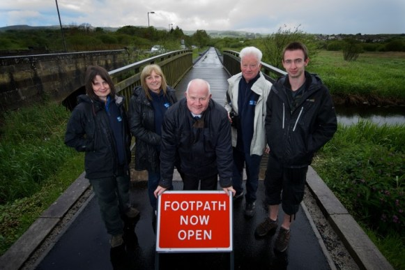 Councillor Eddie Devine and staff and volunteers from RSPB Lochwinnoch