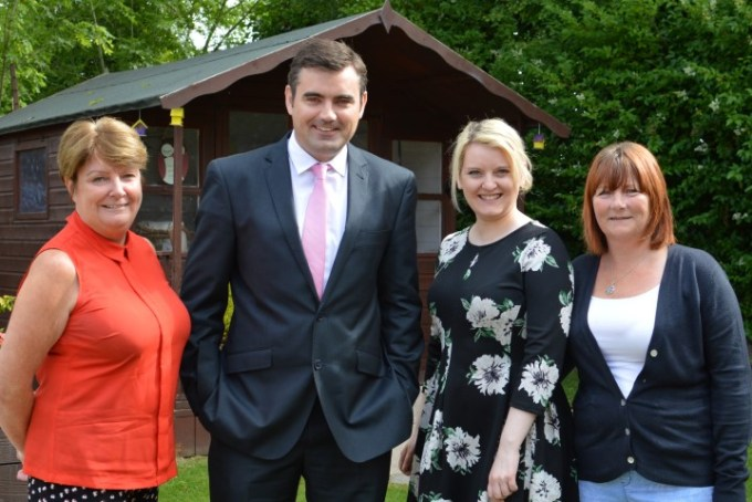 Local MP pays a visit to Alzheimer Scotland in Paisley