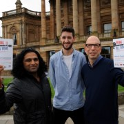 Hundreds turn out to Paisley's songwriting conference