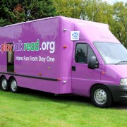 Toot, toot! The PlayTalkRead bus heads back to Renfrewshire