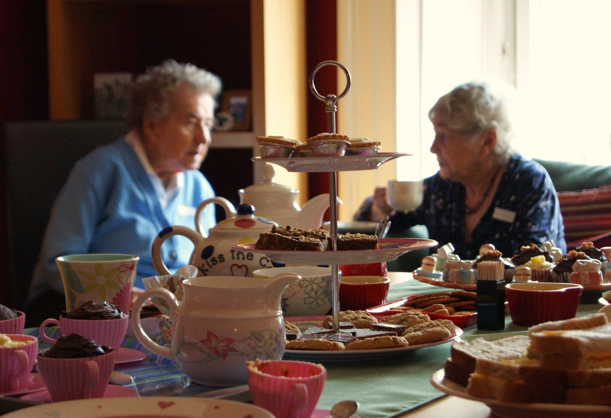 Warding off loneliness in Renfrewshire - one cup of tea at a time!