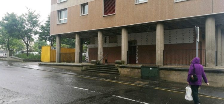 Detectives continue investigation after Johnstone workman stabbing