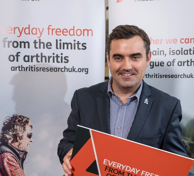 Gavin Newlands MP pledges to become an Arthritis Champion for Renfrewshire