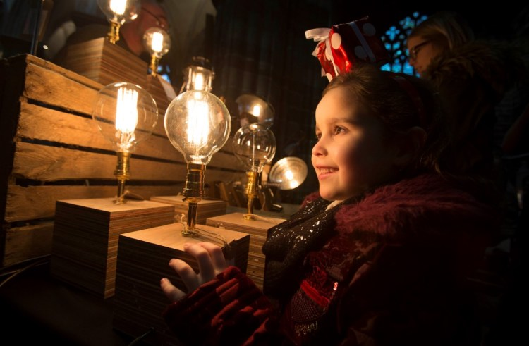 Thousands turn out for Paisley's annual Christmas Lights Switch-On