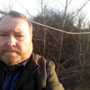 Paisley Councillor calls for action on damaged fence