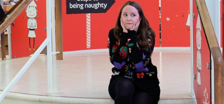 Shoppers have fun on the naughty and nice steps