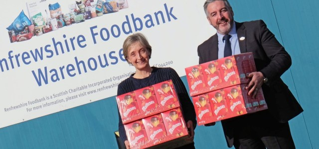 Foodbank gets an eggs-tremely generous gift from intu Braehead