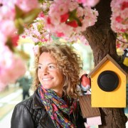 Mall to play sound of birdsong to make shoppers happier