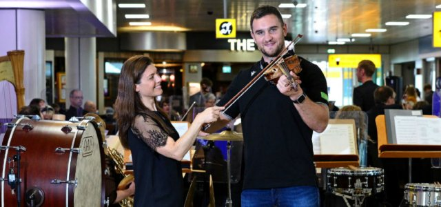 RSNO Orchestrates plays a tribute to Scotland at Glasgow Airport