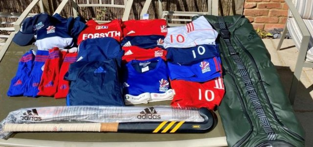 GB and Scotland hockey star Alan Forsyth's raffle of his personal kit for the NHS smashes £5000 target