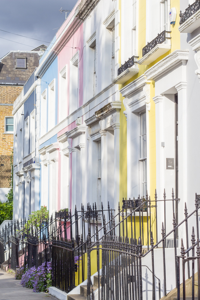 notting-hill-london-renne-beau-look-pastel-color-house-street